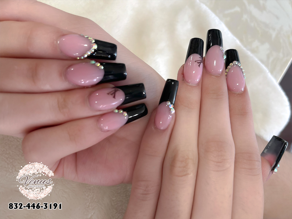 Nails Design 77090